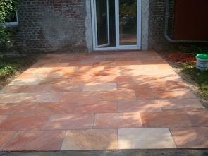Terrassengestaltung Quarzitplatten