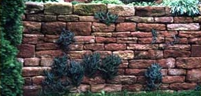 Trockenmauer mit Sandstein
